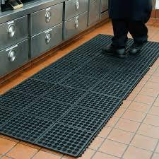 Commercial Rubber Flooring Kitchen Rubber Kitchen Mat Incredible On Dura Chef Interlock Mats