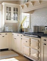 Style Of Kitchen Design Best 25 1920s Kitchen Ideas On Pinterest 1920s House Bungalow