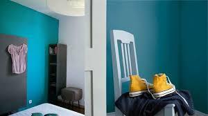 peinture chambre bleu déco chambre bleu canard pour un intérieur serein et agréable