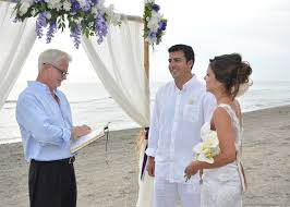 how to officiate a wedding ways of officiating weddings with style everafterguide