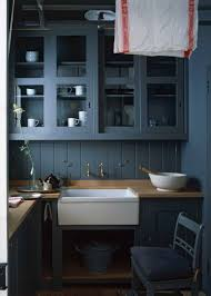 best kitchen cabinet makers uk so what really goes into 100 000 plain kitchen