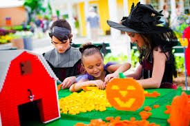 10 of the best halloween events for kids around the country