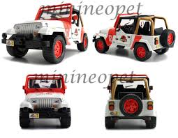 jeep toy new jada toys 1 24th scale jurassic park jeep wrangler jurassic