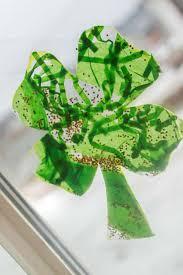 easy toddler shamrock window craft for st patrick u0027s day