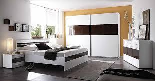 chambre à coucher blanc et noir chambre beautiful chambre a coucher blanc laque brillant high