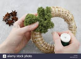 How To Make Wreaths Florist At Work How To Make Christmas Door Wreath With Moss And
