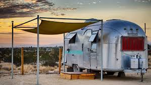 Flying Flags Rv Park These Hotels You Can Experience Airstream Travel Without A Hitch
