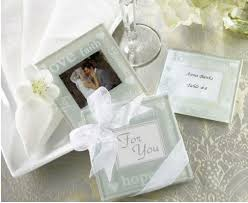 picture frame wedding favors best ideas for wedding favors for guests wedding to be