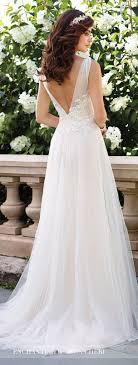 ethereal wedding dress best 25 ethereal wedding dress ideas on barn wedding