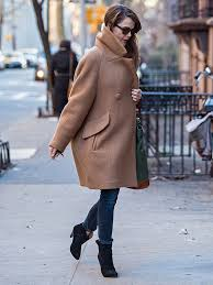keri russell is pregnant the americans star steps out in new york