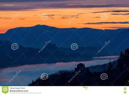 Map Oregon Washington State Stock by Crown Point And Beacon Rock At Dawn Stock Photo Image 79771843