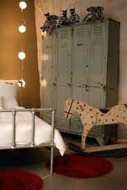 armoire vintage chambre armoire deco armoire mactallique chambre denfant dacco vintage