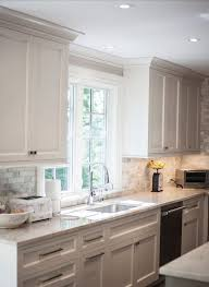 white kitchen cabinets with backsplash backsplash with white kitchen cabinets morespoons 0fda49a18d65