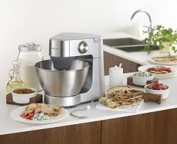cuisine kenwood kenwood stand mixer km240 900 w amazon co uk kitchen home