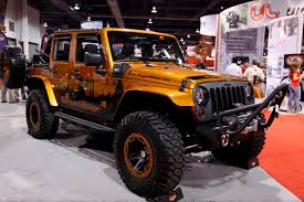 sema jeep yj sema 2011 rugged ridge jeep wrangler power soft top photo gallery