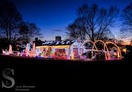 christmas light show ct 11 best christmas light displays in connecticut 2016