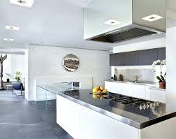 cuisine blanche moderne cuisine moderne blanche cuisine blanche avec plan de travail noir