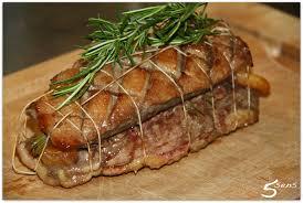 cuisiner magret de canard au four roti de magrets de canard aux abricots et romarin les 5 sens en