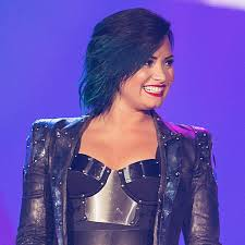 demi lovato u0027s hair color evolution popsugar beauty