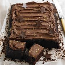 chocolate tray bake birthday cake woman