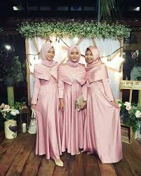 gaun muslim 1 051 likes 25 comments inspirasi gaun kebaya muslim