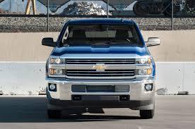 Chevy Silverado Truck Jump - 2015 chevrolet silverado 2500hd duramax and 2500hd vortec gas vs