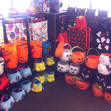 spirit halloween 33 photos costumes 1215 herndon ave clovis