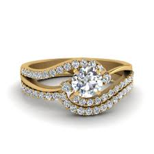 yellow gold bridal sets 3 diamond swirl bridal set 3 diamond wedding ring set