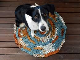 gorgeous round crochet rag rug cotton yarn material soft and full size of decoration round crochet rag rug upcycled bed linen floral material brown blue