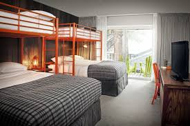 Luxury Bunk Beds There S A Bunk Bed In Your Luxury Hotel Metal Railings Bunk Bed
