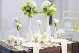 simple table decorations go for simple table decorations because less is always more