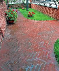 Simple Brick Patio With Circle Paver Kit Patio Designs And Ideas by Fresh Circular Brick Patio Patterns 20078