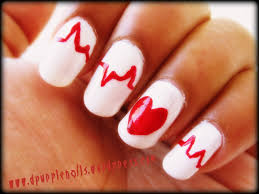 heart nails got a style