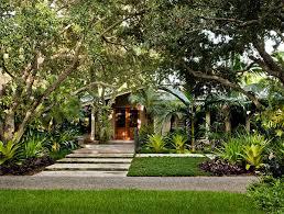 Tropical Landscape Ideas by Tropical Landscaping Ideas For Backyard Front Yard Landscaping Ideas
