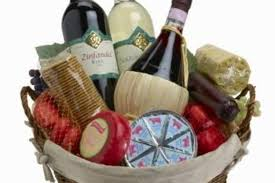 the ultimate gift basket guide basket ideas gift and raffle baskets