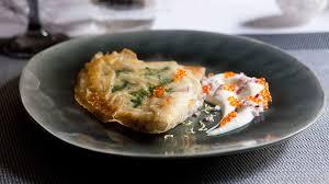 cuisiner aile de raie recette croustillant d aile de raie joue de fête recette entrée