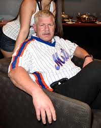 Lenny Dykstra Continues To Prove He S A Must Follow On Twitter - play the lenny dykstra this or that game howard stern