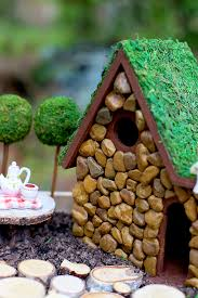 Fairy Garden Container Ideas by Diy Fairy Garden And Fairy House Tutorial Sew Much Ado