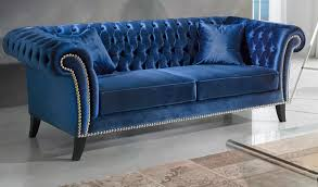 canapé chesterfield canapé chesterfield 3 places en velours bleu chesterlux