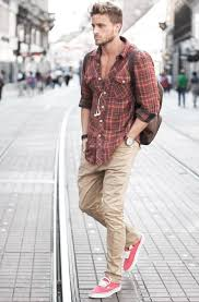 what to wear with khaki pants for men 50 male styles