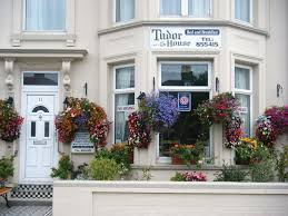 guest house tudor house great yarmouth uk booking com