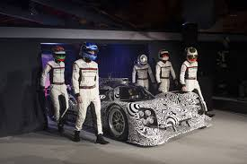 porsche 919 top view porsche 919 hybrid makes big debut gas 2