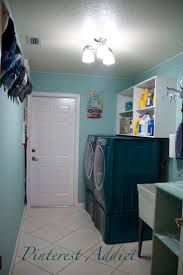 Laundry Room Basket Storage by 49 Best Laundry Room Images On Pinterest Small Laundry Rooms