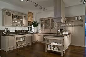 küche landhaus landhaus küche laminat 2017
