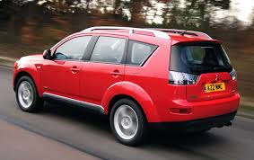 red mitsubishi outlander mitsubishi outlander estate review 2007 2013 parkers