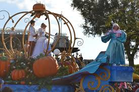 cinderella in the thanksgiving day magic kingdom parade flickr