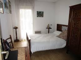 appartement 2 chambres terrasse et garage en sous sol basque