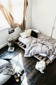 Platform Bed Pallet