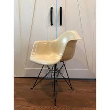 herman miller vintage eames eiffel chair aptdeco