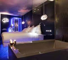 hotel baignoire dans la chambre hotel spa romantique avec privatif pour votre sejour en